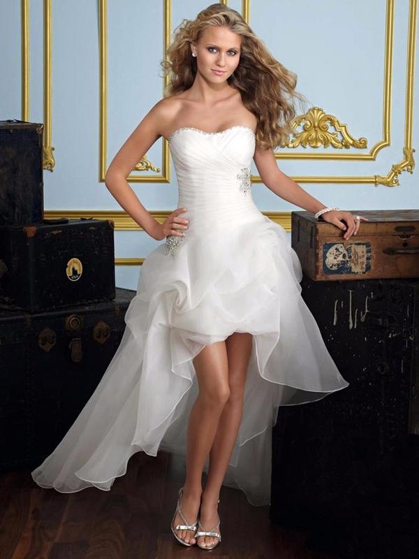 93ef80ac27 elöl rövid hátul hosszú menyasszonyi ruha webshop ár: 59.900 Ft