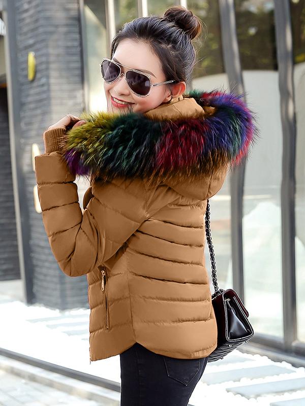 92e94db41dc7 színes szőrmés rövid télikabát webshop ár: 10.990 Ft